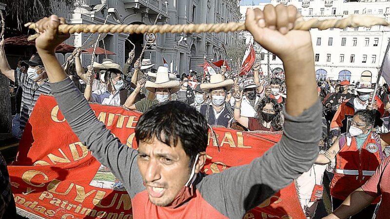Ronderos se ofrecen para acabar con inseguridad ciudadana en Lima