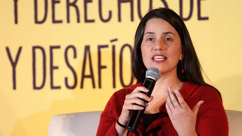 Verónika Mendoza pide a Castillo que cumpla con dejar fuera a Cerrón