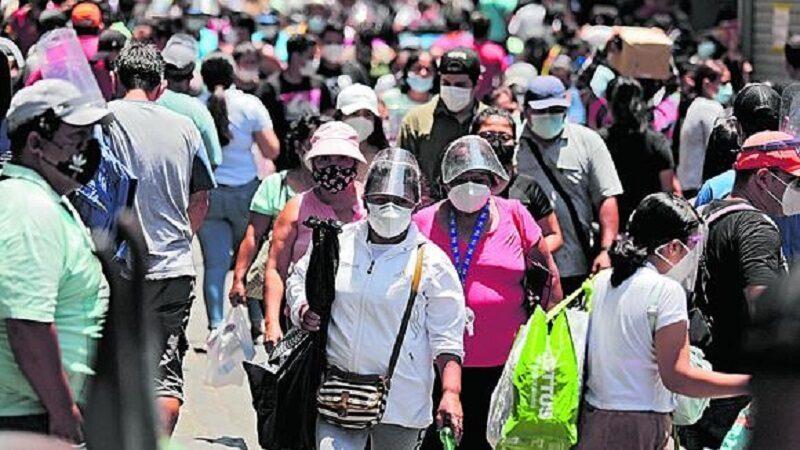 Covid-19: clase media se redujo a la mitad afectando a más de 6 millones de peruanos