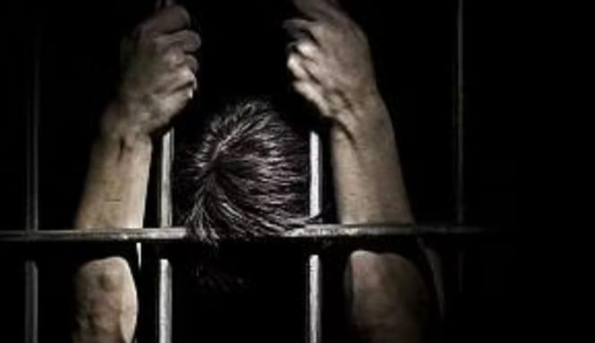 Asesinan a pedófilo y le cortan sus genitales y corazón en cárcel de Brasil
