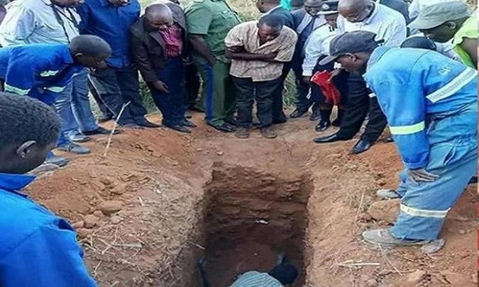 Pastor pidió que lo entierren vivo para resucitar, pero (lógicamente) murió
