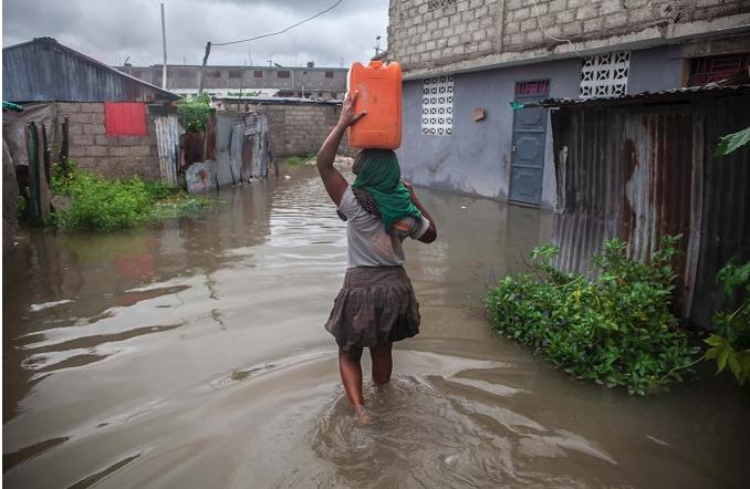 Tormenta y lluvias azotan a Haití, que no se repone del devastador sismo