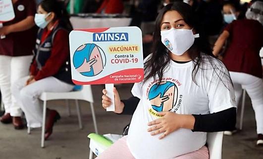 Minsa: Adultos mayores de 38 años recibirán vacuna Sinopharm