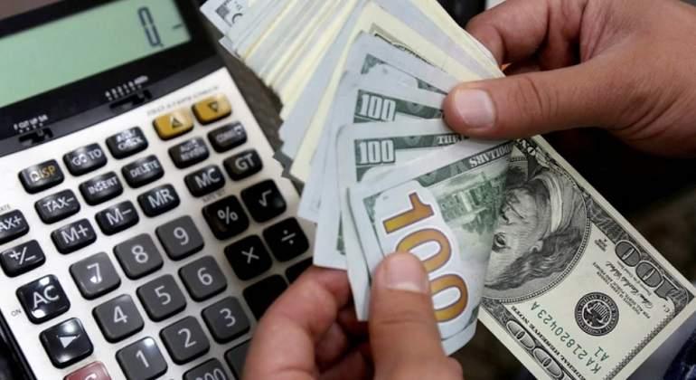 Dólar sube y alcanza nuevo precio récord tras declaraciones de Bellido