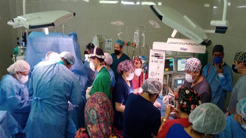 Arequipa: médicos separan a siameses tras seis horas de operación