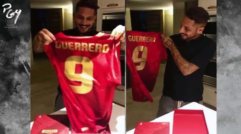Paolo Guerrero: Mira su reacción al ver nueva camiseta (Video)