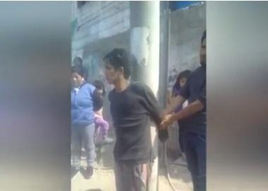 Ate: Delincuente finge su muerte y vecinos intentan matarlo
