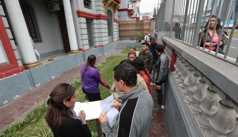 Docenas de Venezolanos inician trámites para retornar a su país
