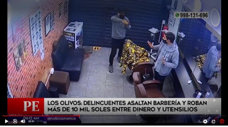 Delincuentes con armas de fuego asaltan barbería en Los Olivos