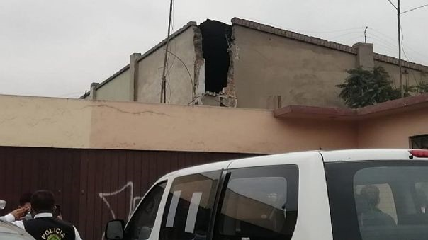 Mujer muere aplastada por muro de cuartel Hoyos Rubio en el Rímac