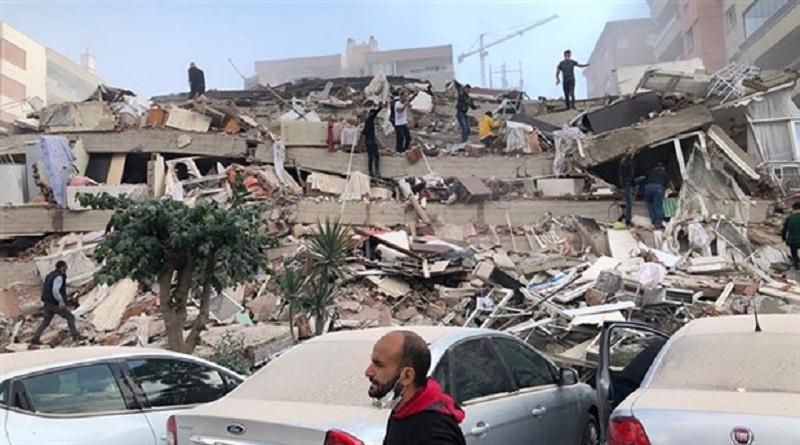Al menos cuatro muertos y miles de damnificados por terremoto de 6.6 en Turquía