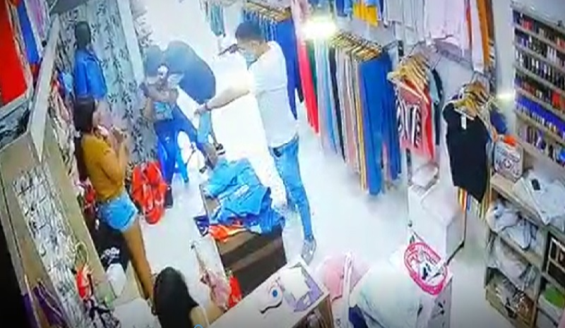 Callao: delincuentes asaltan boutique en menos de un minuto