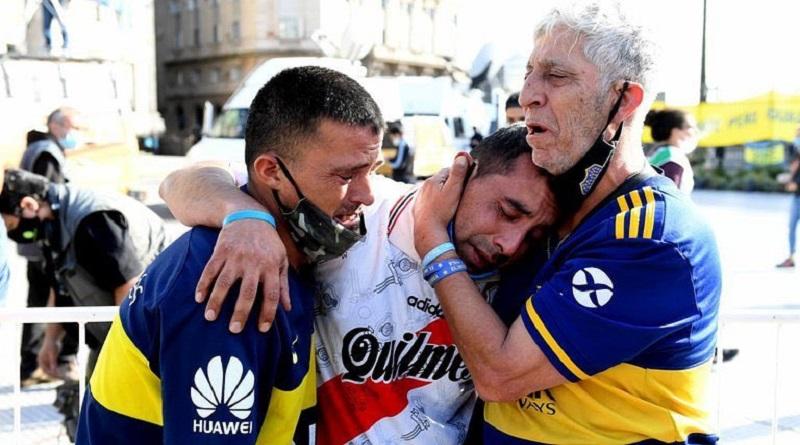 Argentina: un mar humano despide a Diego Maradona entre lágrimas [VIDEO]