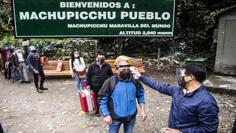 Cusco: Inmunización en los adultos mayores se adelantó en el distrito de Machu Picchu