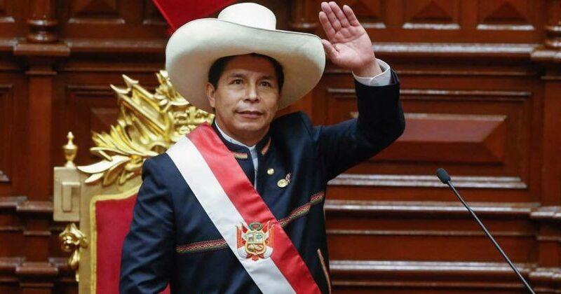Pedro Castillo en su laberinto. Primeros pasos (errados) del presidente