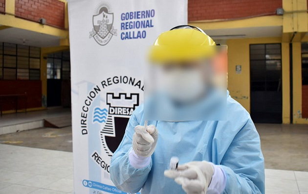 Médicos del Callao se habrían vacunado con dosis adicional de Pfizer